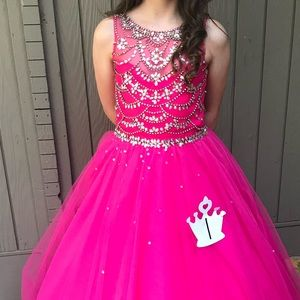 Big girls pageant/ball gown. Worn only twice.